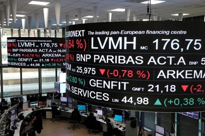 Bursa Efek Paris di distrik bisnis La Defense di Paris, Prancis. - REUTERS/Benoit Tessier