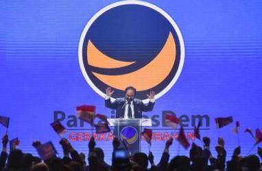Jokowi Peluk Surya Paloh, Lebih Hangat Daripada Sohibul Iman