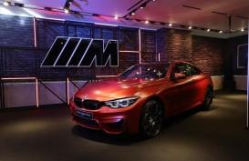 BMW M4 Competition Tampil Perdana di Plaza Indonesia