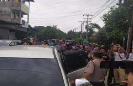 Polisi Bawa 4 Orang dari Rumah Pelaku Bom Bunuh Diri Polrestabes Medan