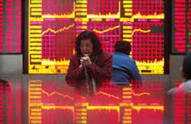Bursa Hong Kong Turun Tajam di Antara Aksi Protes dan Komentar Trump