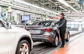 CEO Daimler Hadapi Tekanan dari Investor di Tengah Pergeseran Industri
