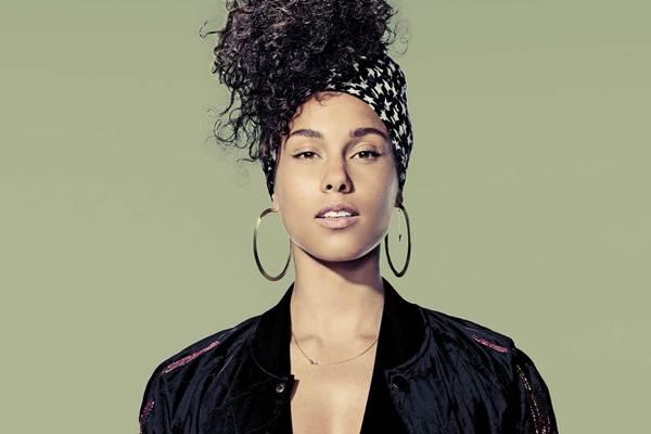 Alicia Keys - aliciakeysdaily.com