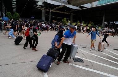 Ketegangan Meningkat, Maskapai Asia Kurangi Penerbangan ke Hong Kong
