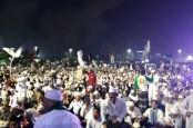 5 Terpopuler Nasional, Satu Juta Orang Diperkirakan Hadiri Reuni 212 dan Ini Generasi Milenial Staf Khusus Presiden Jokowi