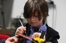Masih Imut, Bocah 9 Tahun Ini Bersiap Jadi Sarjana