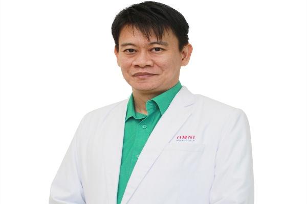 dr. Yohanes Arif Eko Nuryanto, Sp.BA, dokter Spesialis Bedah Anak OMNI Hospitals Alam Sutera