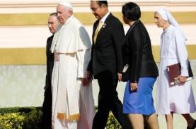 Di Thailand, Paus Kutuk Eksploitasi Perempuan dan…