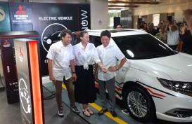 Mitsubishi Resmikan Fasilitas Pengisian Daya Listrik EV di Plaza Senayan