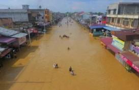 Banjir Putuskan Akses ke Rokan Hulu
