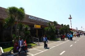 Aspal Terkikis, Penerbangan Bandara Adisutjipto Ditutup…
