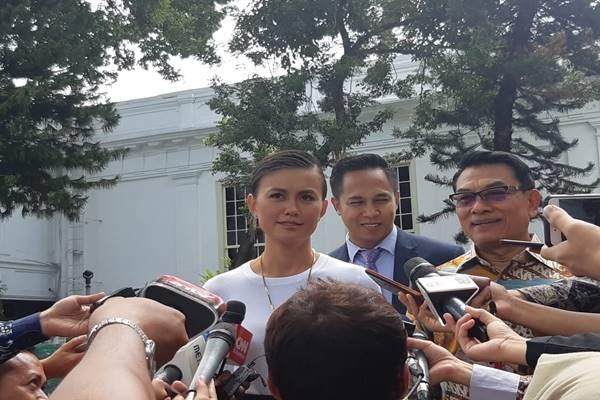 Agnez Mo atau Agnes Monica memberi keterangan pers  - BISNIS/Yodie Herdiyan