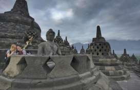 Penulis Usia 70 Tahun Terbitkan Buku Candi Borobudur