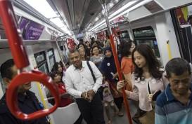 LRT Jakarta Targetkan 14.000 Penumpang per Hari