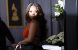 Rihanna Guncang Pasar Pakaian Dalam Victoria's Secret