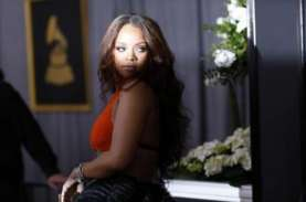 Rihanna Guncang Pasar Pakaian Dalam Victoria's Secret…