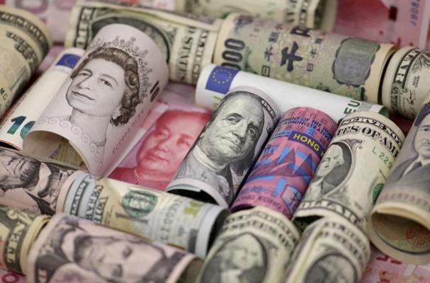Euro, dolar Hong Kong, dolar AS, yen Jepang, Pound sterling, dan yuan China. - Reuters/Jason Lee
