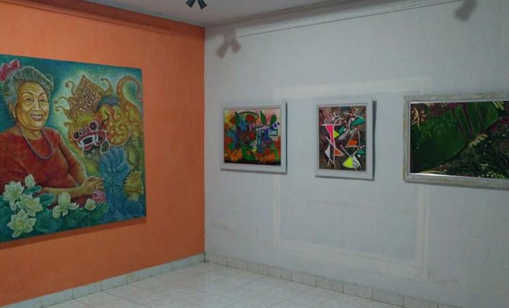 Sebagian karya yang ditampilkan di Pameran Perupa Perempuan Lampung. - Istimewa