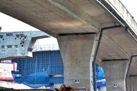 Crane Berkapasitas 35 Ton di Proyek Tol Bogor Patah…