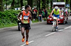 Peserta Kalimantan Ikut Partisipasi di Indonesia Night Run