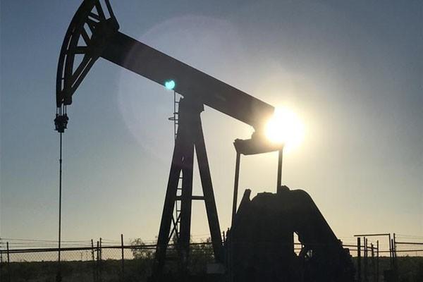 Ilustrasi pengeboran minyak - Reuters/Ernest Scheyder
