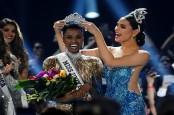 Zozibini Tunzi dari Afrika Selatan Miss Universe 2019