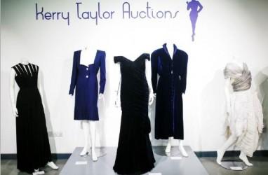 Gaun Putri Diana Saat Berdansa dengan Jon Travolta Gagal Terjual