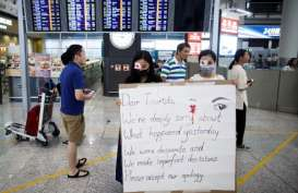 Polisi Hong Kong Jinakkan 2 Bom Rakitan di Gedung Sekolah