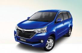 Taksi Online Berkembang, Penjualan Toyota Transmover Melejit