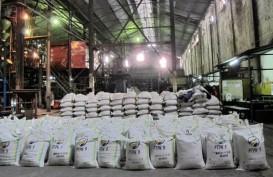 KEBUTUHAN PRODUKSI : Gula Rafinasi Berbasis Tebu Dipacu
