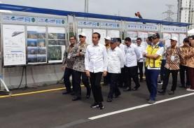 Tinjau Proyek LRT dan Kereta Cepat, Jokowi Ingatkan…
