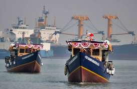 Kemenhub Hibahkan 2 Kapal ke Kabupaten Timika