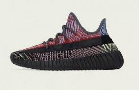 Harga dan Keistimewaan Sneakers Yeezy Boost 350 V2 Yecheil