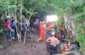 Terjebak di Gua Lele, Tiga Mahasiswa Unsika Ditemukan Tewas