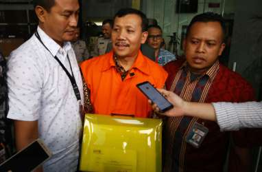 Kasus Meikarta : Penyidikan Rampung, Iwa Karniwa Segera Disidang