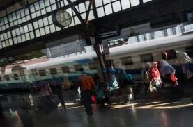 Libur Natal, Penumpang Kereta Daop 8 Surabaya Naik…