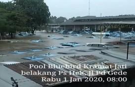 Taksi Bluebird Kramat Jati 'Tenggelam', Warganet Ungkap Keprihatinan
