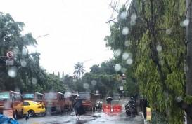 Jakarta Banjir, Jalan DI Panjaitan Tidak Dapat Dilewati