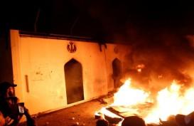 Demonstran Bakar Pos Keamanan Kedutaan AS di Irak