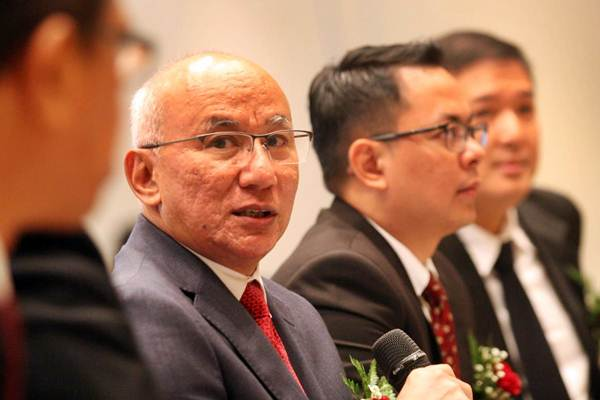 Direktur Utama PT Pool Advista Finance Tbk (PAF) Asa Mirzaqi, memberikan penjelasan mengenai kinerja perusahaan rangka penawaran umum perdana saham PAF  di Jakarta, Rabu (24/10/2018). - JIBI/Dedi Gunawan