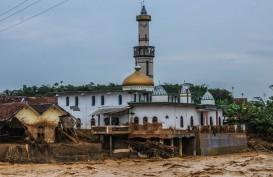Kepala BNPB dan Menko PMK Tinjau Banjir Bandang dan Longsor Lebak Gedong
