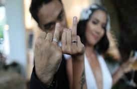 Dipha Barus Resmi Menikah di Amerika Serikat
