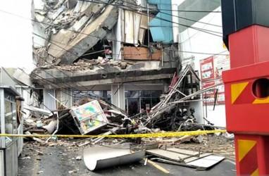 Gedung Empat Lantai Roboh Seketika, 11 Orang Jadi Korban