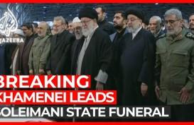 Dipimpin Ayatollah Ali Khamenei, Pemakaman Soleimani Disesaki Ratusan Ribu Pelayat