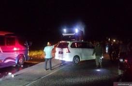 Truk BBM Terguling, Kendaraan Tertahan 6 Jam di Jalan Padang-Solok