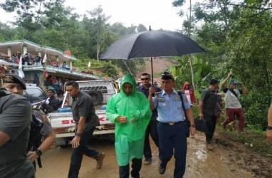 Presiden Jokowi Tinjau Penanganan Banjir di Lebak