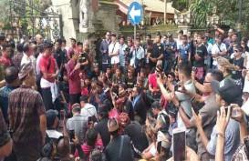 Ratusan Sopir Konvensional Datangi Gubernur Bali Minta Aturan Transportasi Pangkalan
