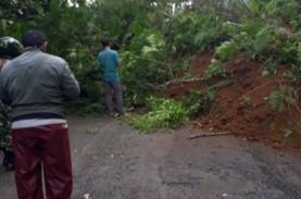 Tanah Longsor, Hindari Jalan Wanayasa—Batur dan Banjarnegara—Karangkobar