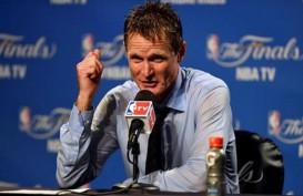 Basket NBA : Menghina Ofisial Pertandingan, Pelatih Warriors Didenda