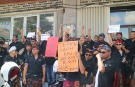 Ratusan Driver Bandara Bali Gelar Aksi di Kantor Grab, Ini Tuntutannya